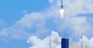Китай успешно отправил миссию на Марс