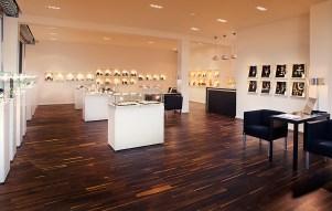 Gallery interior | Photography: Antique Vintage Jewellery