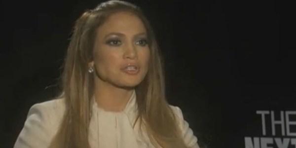 """""""É sempre desconfortável"""", diz Jennifer Lopez sobre cenas quentes em filme"""