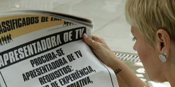 Xuxa aparece procurando emprego em primeira chamada na Record