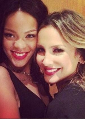 Claudia Leitte conta que ficou bêbada com Rihanna em restaurante no Brasil