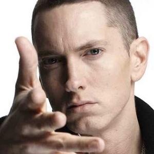 Após depressão, Eminem diz perdeu 37kgs com hábitos saudáveis