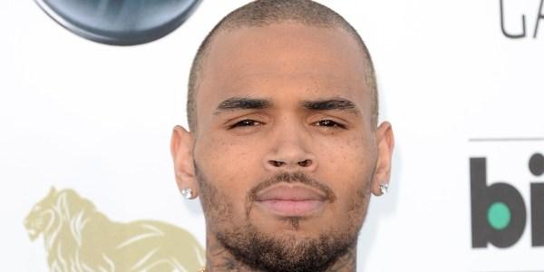 Mulher que acusa Chris Brown de agressão diz ter fotos de ferimentos