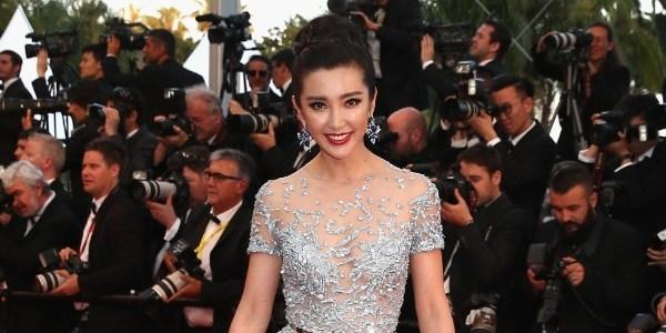 """Stan Lee vai produzir """"Realm"""", primeiro filme com heróina chinesa"""