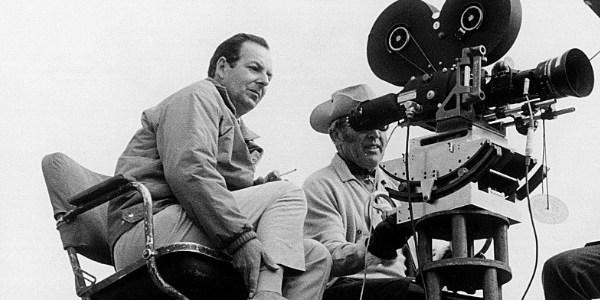 Morre Guy Hamilton, diretor de filmes-chave da série James Bond