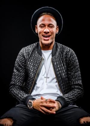neymar-e-o-entrevistado-da-primeira-edicao-da-nova-playboy-1460386414832_300x420