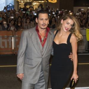 Ao chamar a polícia, Amber não contou sobre agressões de Depp, diz site