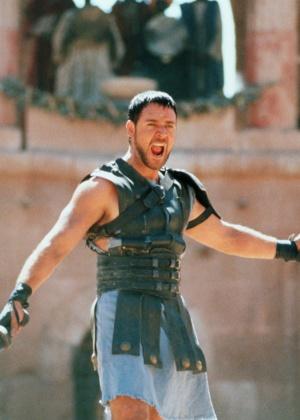 """Russell Crowe negocia participação no remake de """"A Múmia"""" com Tom Cruise"""