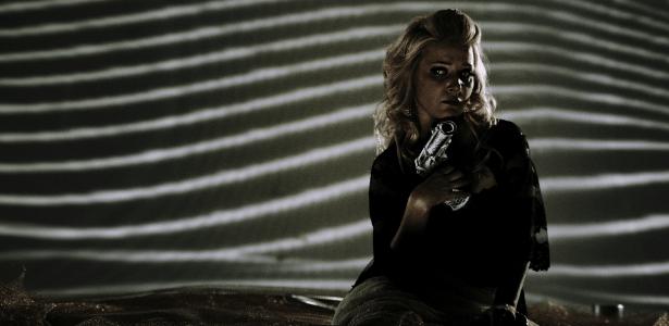 """Nova Poltergeist? Renata Davies, a musa """"gore"""" de Fausto Fawcett no cinema"""
