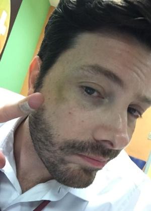 Danilo Gentili se machuca em cena de luta na filmagem de seu primeiro longa