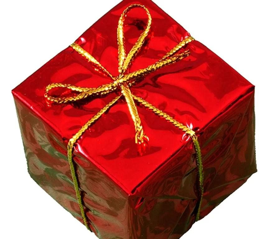 Jak zapakować świąteczny prezent?