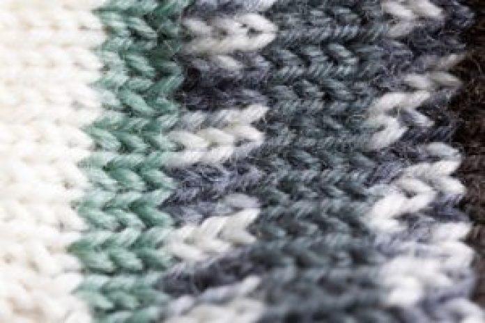 Sfilcowany sweter - jest ratunek!