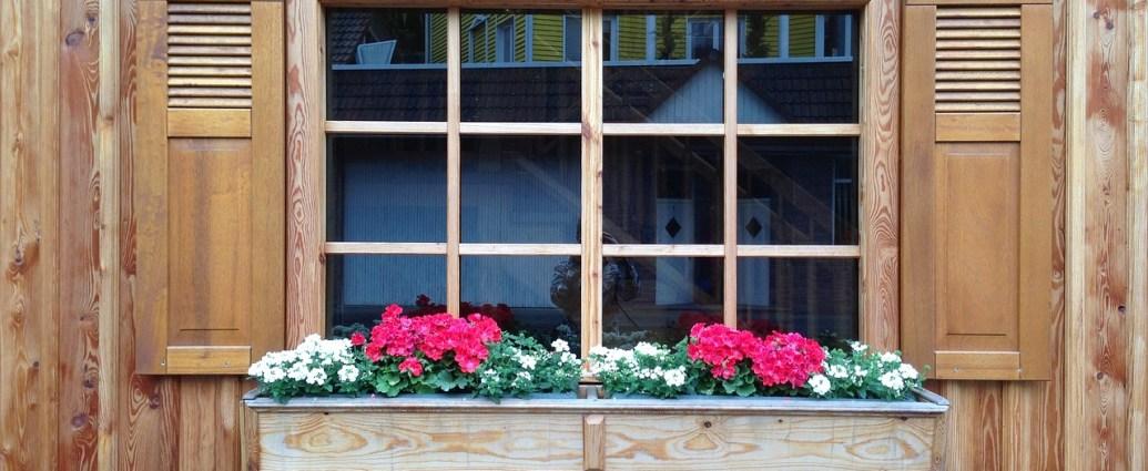 Drewniane okna wymagaja pielęgnacji i konserwacji