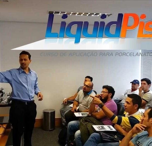 curso-porcelanato-liquido-liquidpiso-600x577