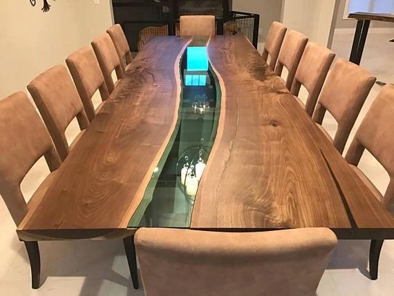 Mesa de jantar com resina cristal