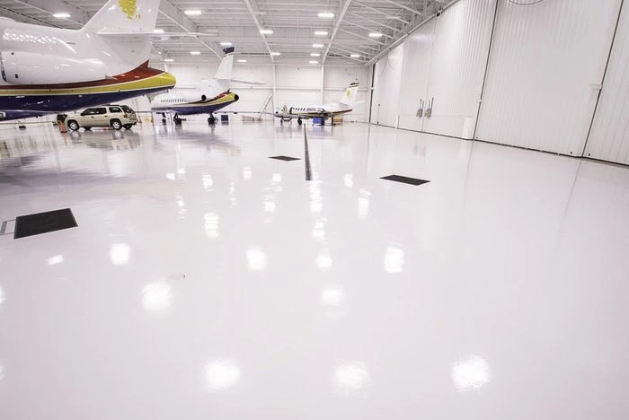 LiquidPiso Hangar