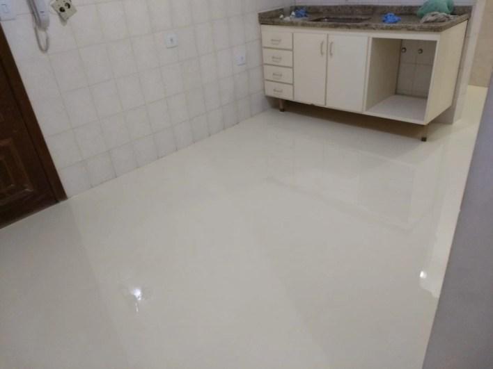 Porcelanato liquido cozinha bege