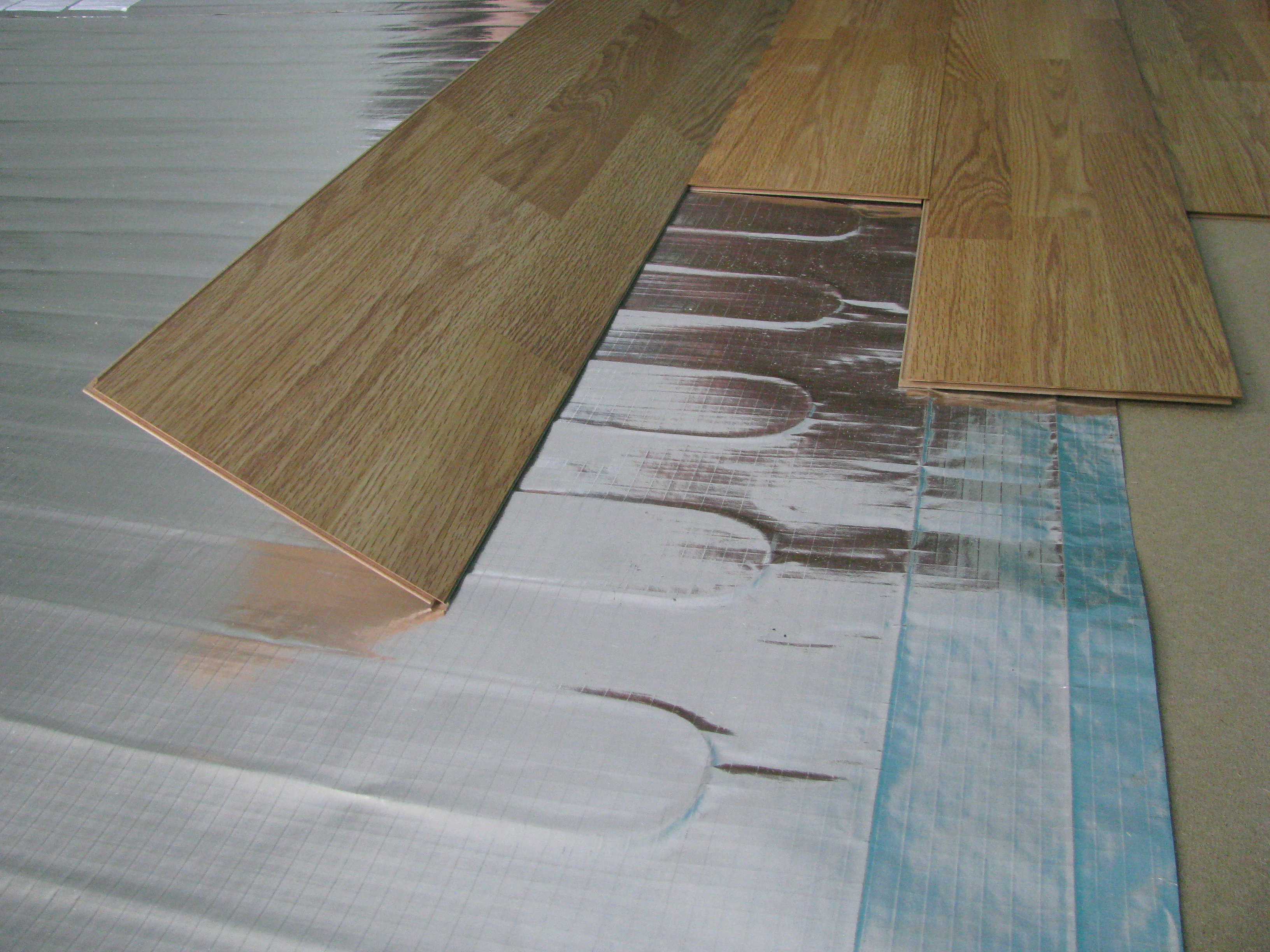 Which Kind of Heated Floor is Right for You