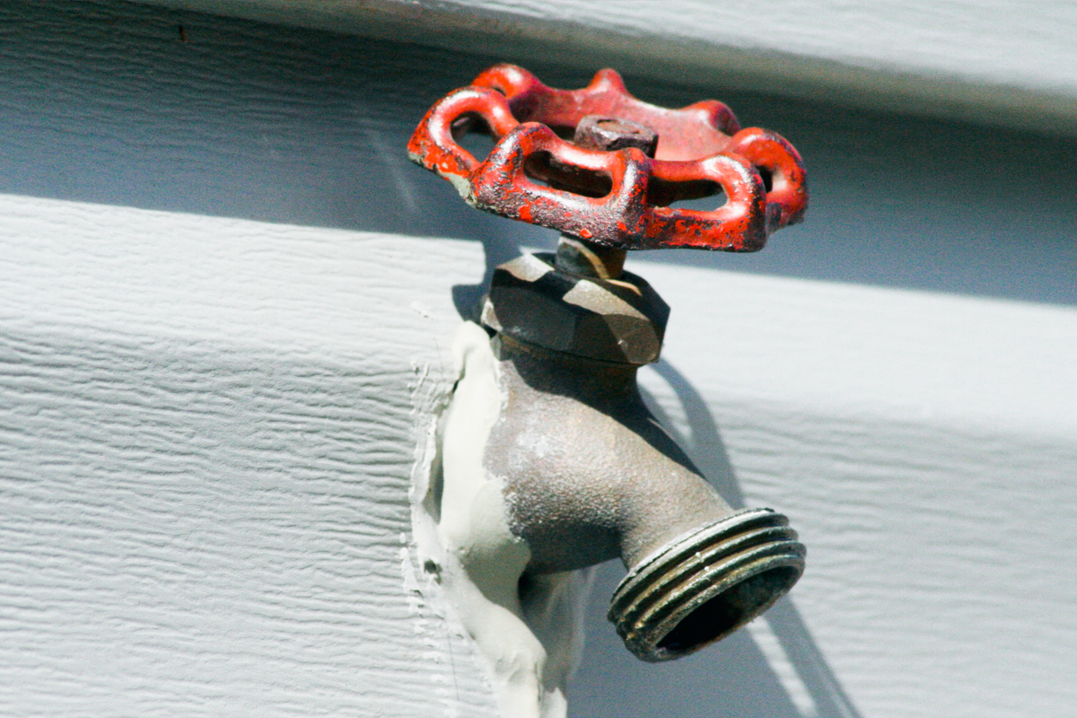 how to winterize your exterior faucets