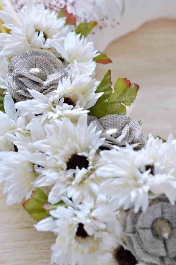 how-to-make-fall-burlap-wreath-step10