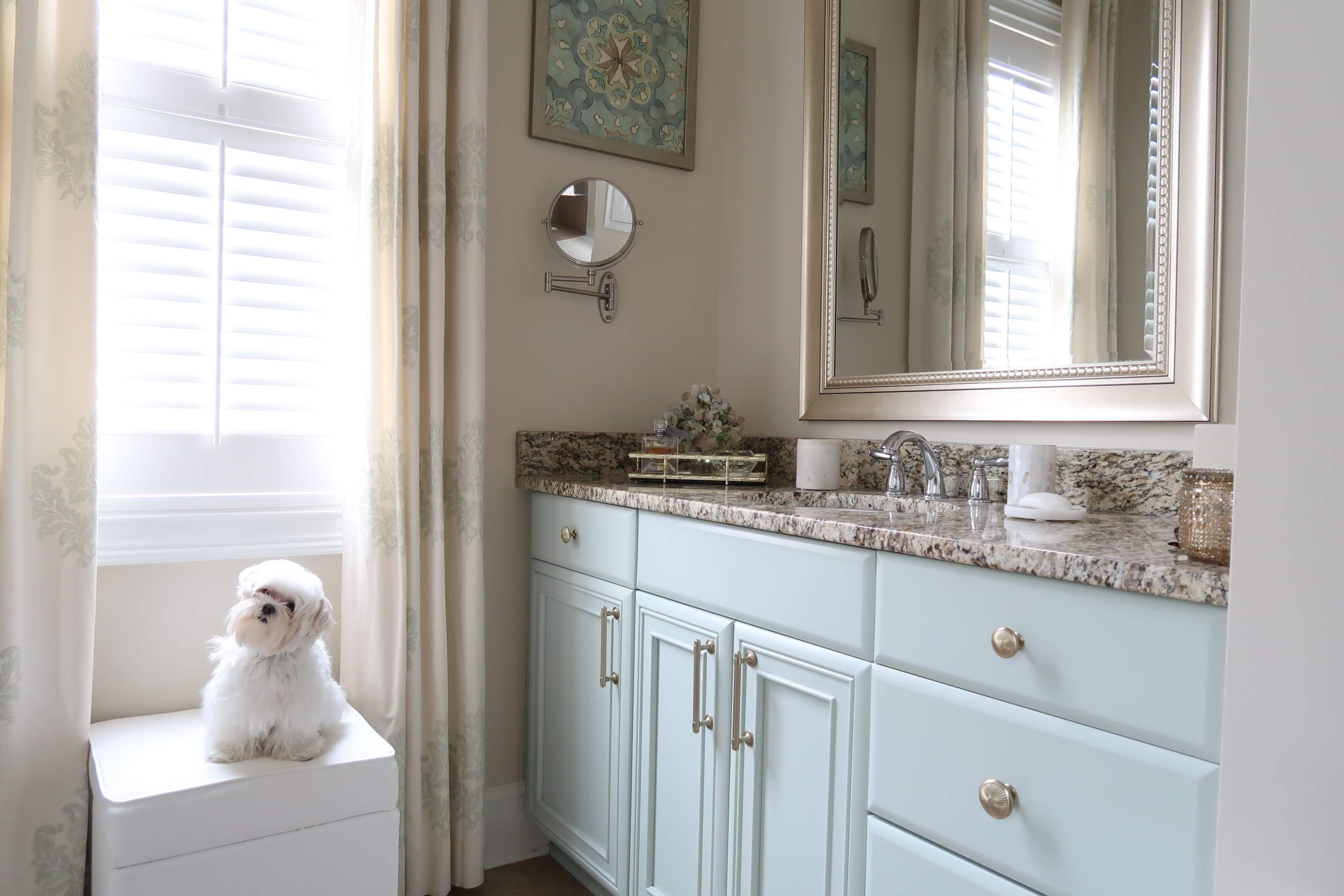 Don T Paint Your Cabinets White Porch Daydreamer