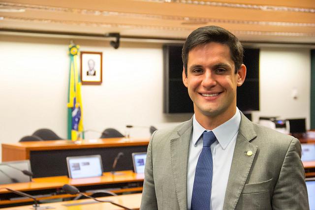 Rafael Motta na votação da PL 399/2015
