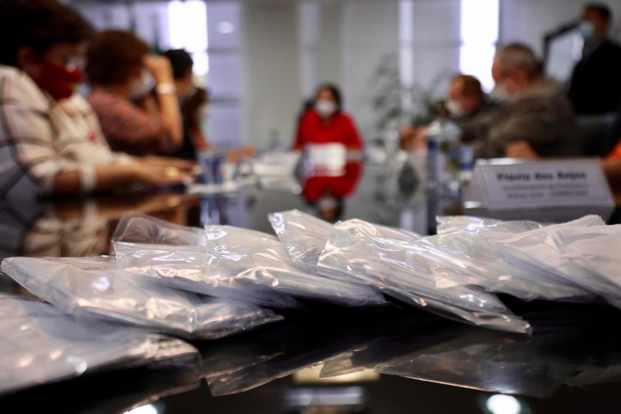 Governo do RN emite nota rebatendo Nelter Queiroz sobre suposta compra de máscaras da Paraíba