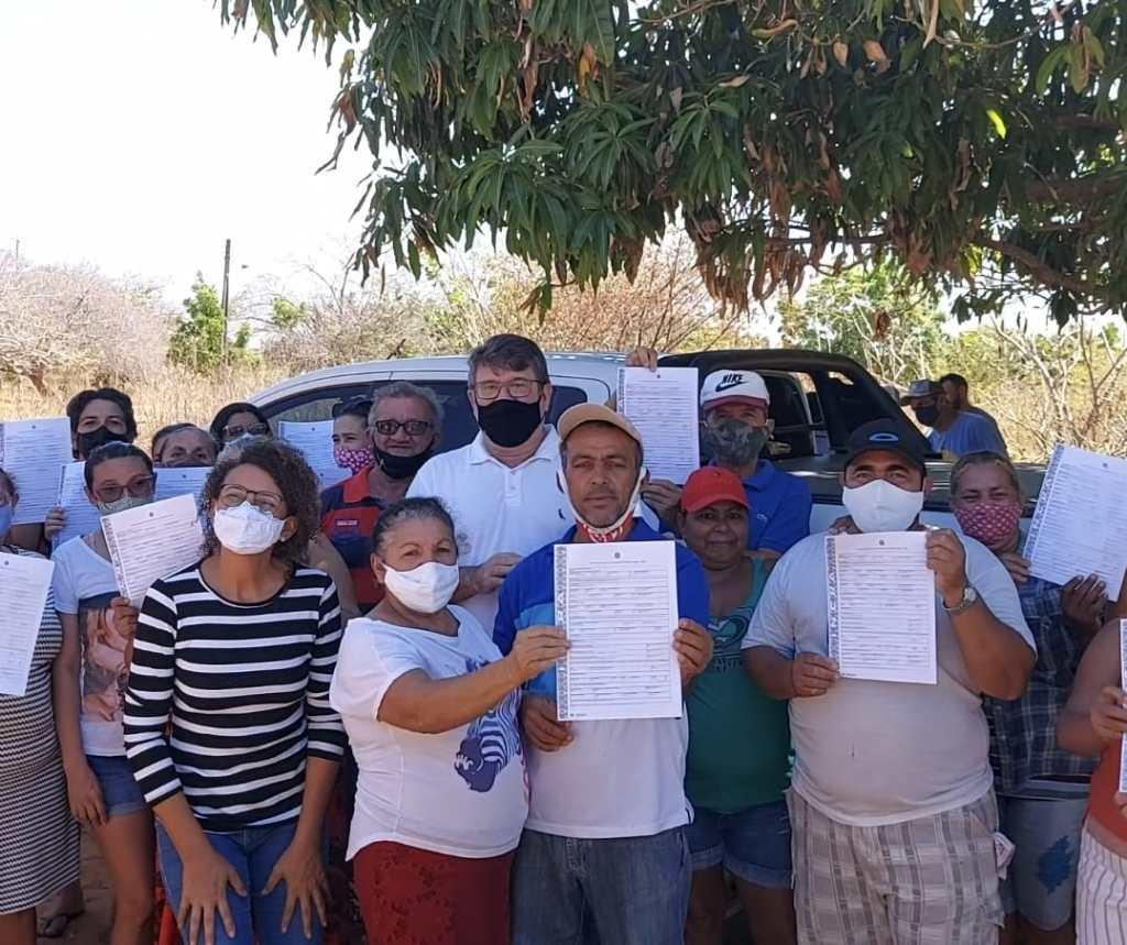ASSENTAMENTO SANTA RITA, EM MOSSORÓ - Mutirão do Incra RN ajuda na emissão de  57 Títulos  Definitivos para famílias assentadas no Rio Grande do Norte