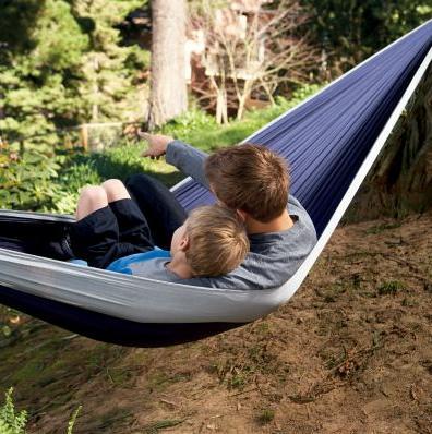 travel-hammock-two