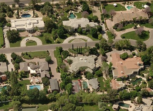 Buy Multi Million Dollar Home In Paradise Valley Get