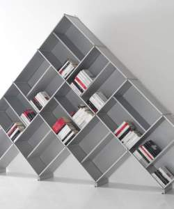 pyramid-modular-bookcase-fitting-italy-1
