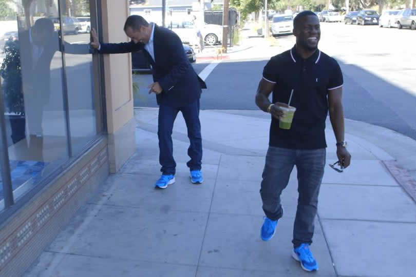 jerry-seinfeld-kevin-hart-comedians-in-cars-getting-coffee-2014