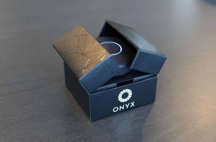 onyx-onbeep-group-personal-communicator-1