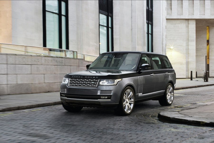 range-rover-svautobiography-2016-svo-special-vehicle-operations-1