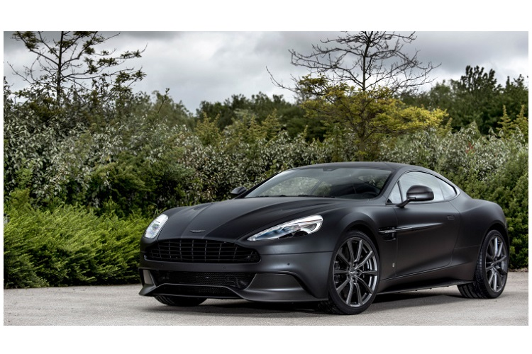 aston-martin-unveils-a-custom-vanquish-series-in-carbon-1