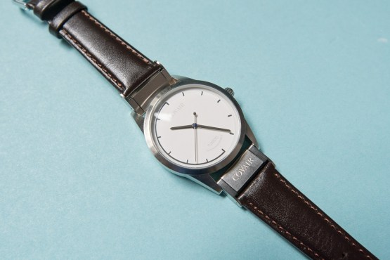 covair-introduces-interchangeable-watches-with-quick-change-straps-4