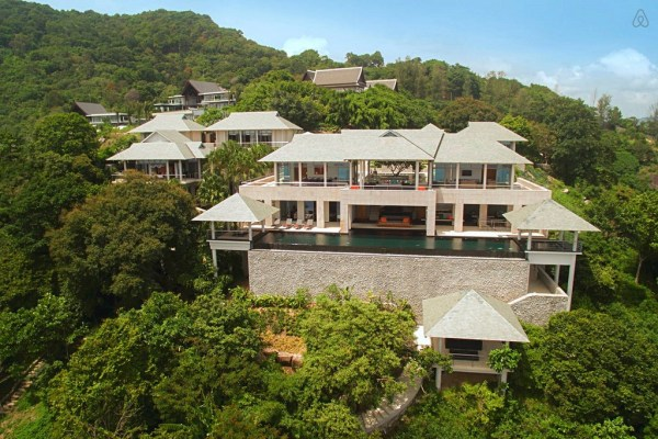 stay-in-this-arte-charpentier-designed-villa-overlooking-the-andaman-sea-1