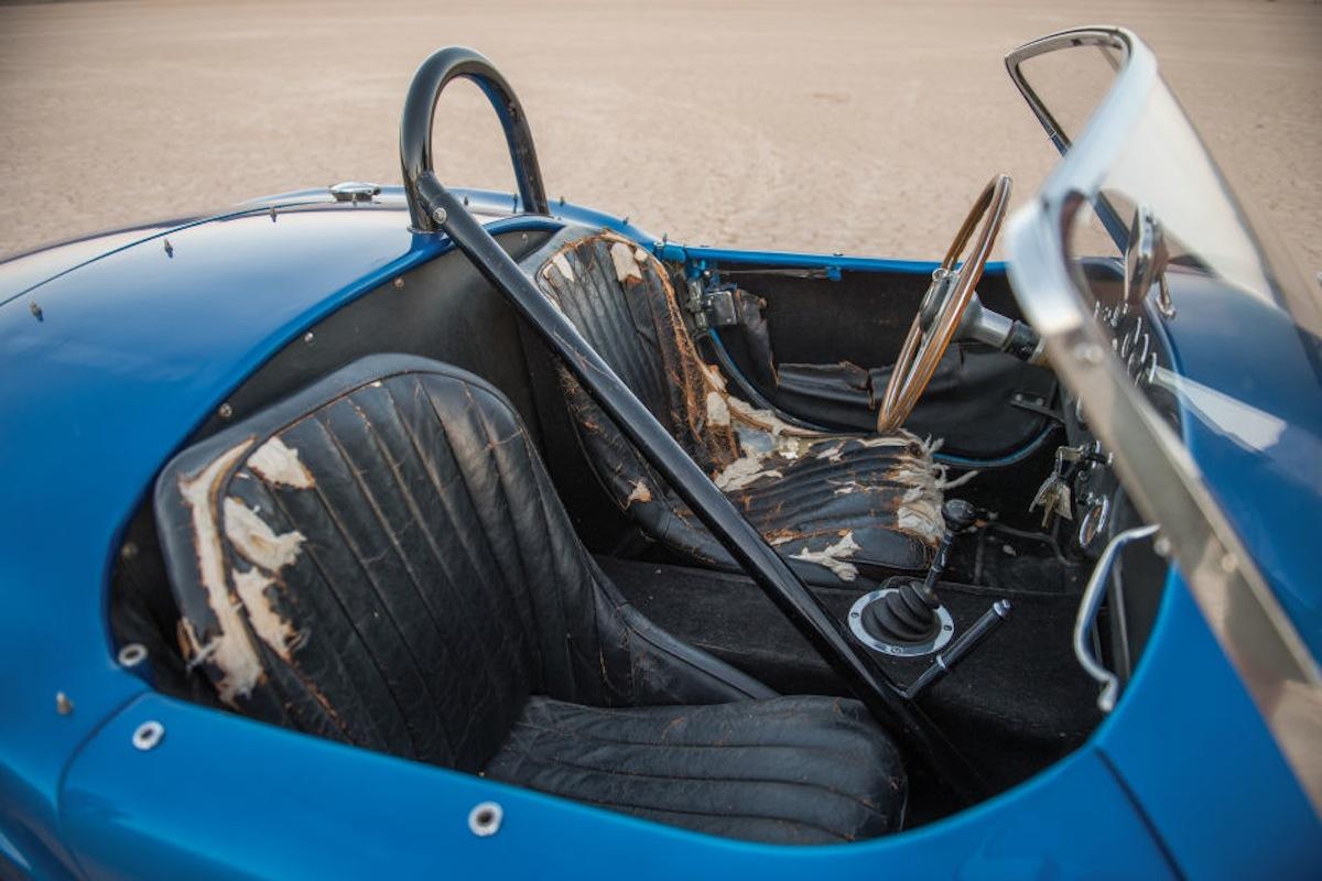 Shelby Cobra 8