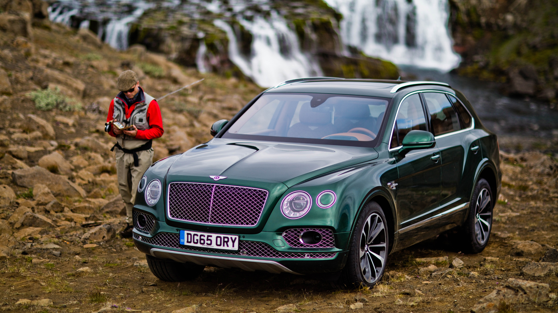 bentley-bentayga-fly-fishing-01-1