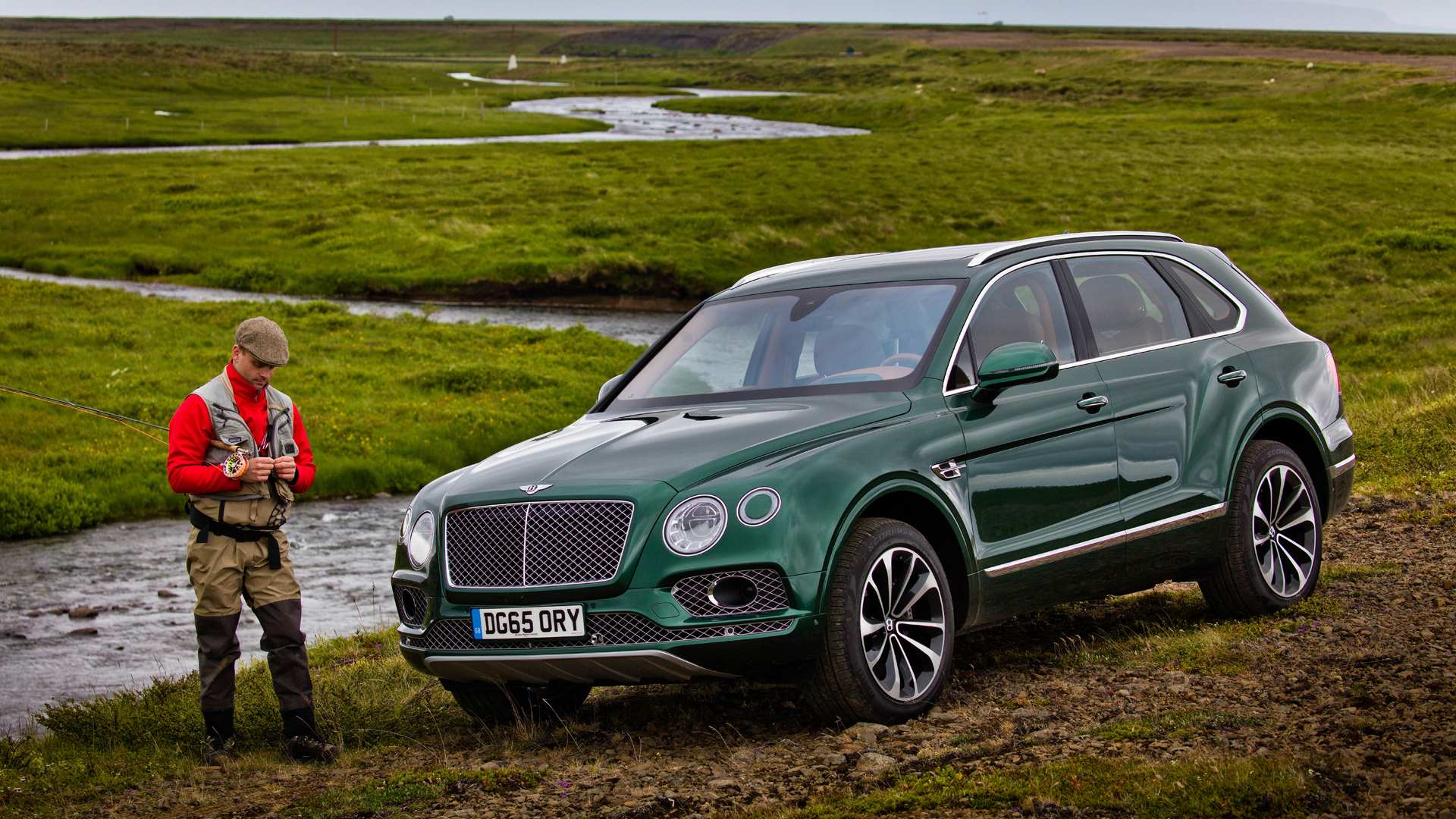 bentley-bentayga-fly-fishing-10-1