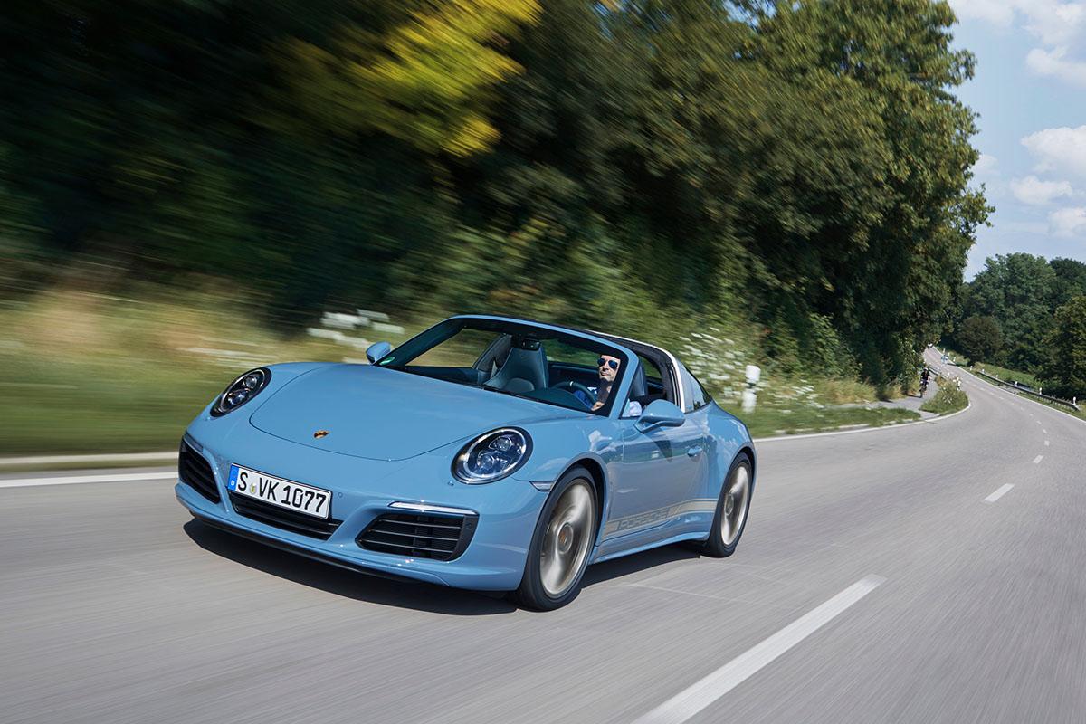porsche-911-targa-4s-design-edition-2016-etna-blue-1
