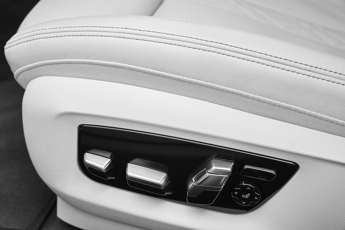 bmw-2017-5series-sedan-7