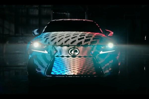 lexus-is-2017-led-lights-chameleon