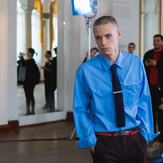 gosha-rubchinskiy-fall-winter-2017-runway-show-2