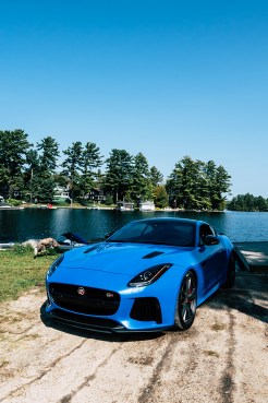 2018-jaguar-f-type-svr-review-11
