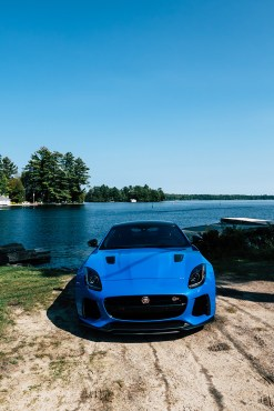2018-jaguar-f-type-svr-review-7
