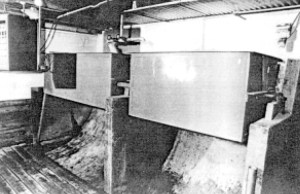 Figure 4. tipping bucket tank used for flushing underslat gutters.
