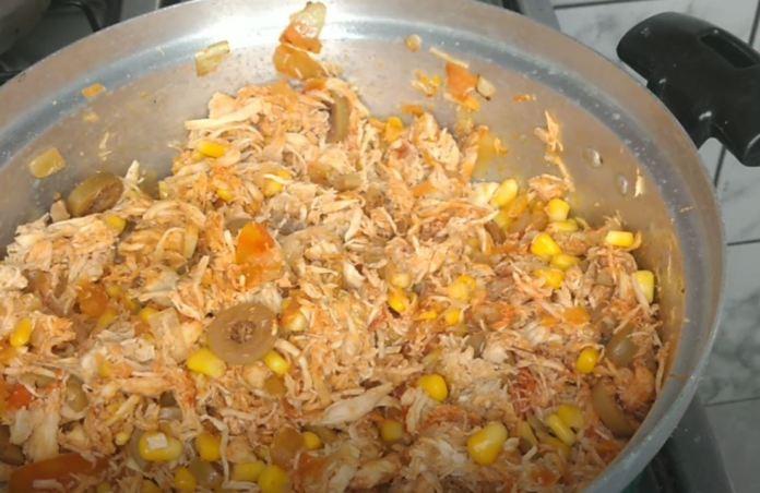 misturando os ingredientes