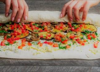 pão pita recheado com vegetais