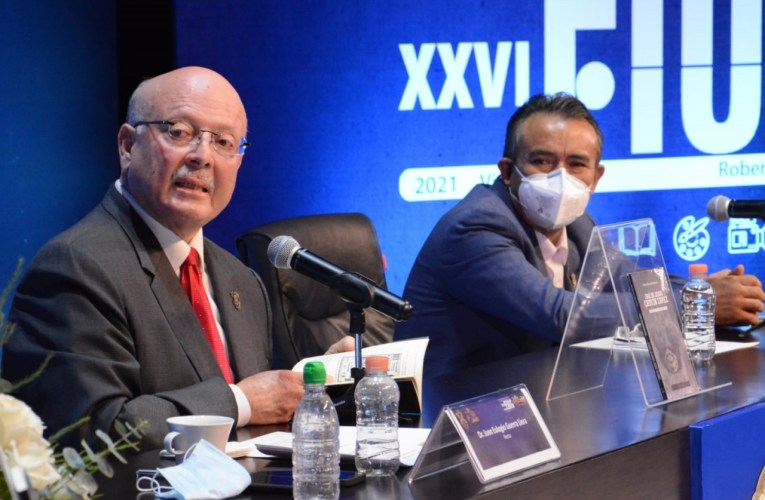 """Plasman en un libro la vida deportiva del boxeador José de Jesús """"Chuyín"""" López"""